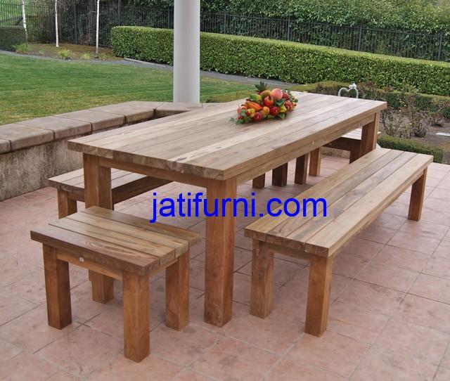 Set Meja Makan Outdoor Jati