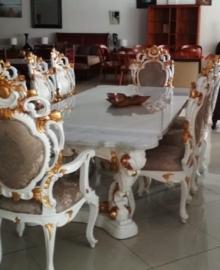 Set Kursi Makan Mewah